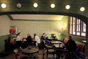 Café Sladkovskŷ är en favorit i hipstertäta stadsdelen Vršovice.