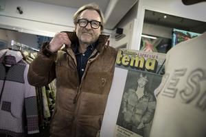 Samma jacka, samme man. Stefan Vestberg i sin gamla jacka, och en något yngre formgivare skinn-dun-jacka i tidningen Expressen 1977.