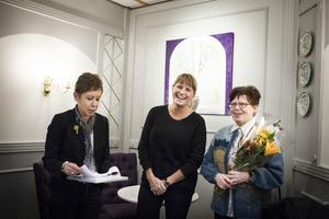 Lotta Persson från Lottaboden, i mitten, fick på torsdagen ta emot utmärkelsen