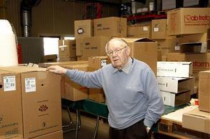 Sven Johansson är 93 år och jobbar fortfarande heltid. Snart kanske fler kan välja att göra som honom. Häromdagen föreslog moderaterna att pensionering vid 67 hädanefter ska bli frivillig.