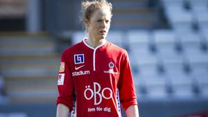 Sara Nordin i KIF Örebros tröja.