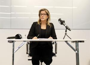 Åsa Wiklund Lång, ordförande för Svenska kommun försäkrings AB, meddelade för två veckor sedan att Björn Ryd får sparken utan avgångsvederlag.