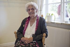 Klarar sig själv. Elisabet Hedlund har bott hemma tills nyligen, men anledningen till flytten är att hennes boende nu ska totalrenoveras.Foto: Emelie Tingvall