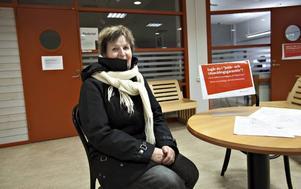 ARBETSSÖKANDE. Margareta Roeger, Gävle, tycker att arbetsförmedlarna gör vad de kan för att hjälpa henne – men hon märker att de har mycket att göra.
