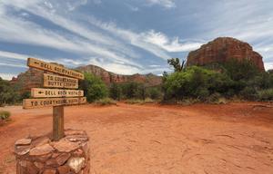 Bell Rock i Arizonaöknen är ett organiserat turistmål, där man så sent som för fyra år sedan skådade ett grönt ufo.    Foto: Jay Yuan/Shutterstock.com