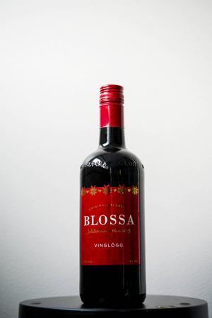 Blossa Vinglögg, 10%, 73 kronor. Betyg: 3