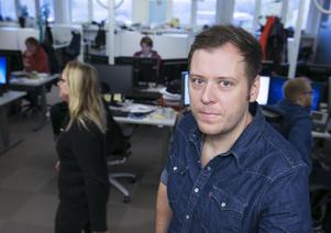 En man döms till fängelse för hoten mot DT:s krönikör Henrik Johansson