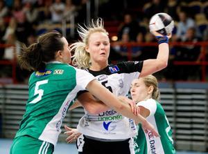 Hanna Barrögård i VästeråsIrsta-tröjan.