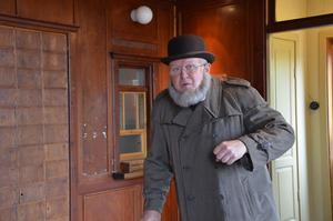 Peter Iller spelar Georg Svanberg.
