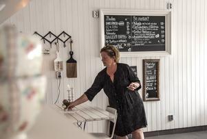 Menyn och restaurangdelen har utökats på Timrå gårdsbutik och i och med det även besöksskaran.