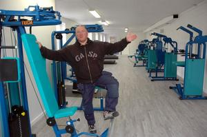 TRÄNAR. Ulf Blom tränar själv fem dagar i veckan. Nu öppnar han tjejgym i lokaler där pepparkakor en gång bakades.
