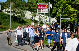 Astra Zeneca utrymmer lokalerna  vid Forskargatan efter larm om kemläckage.