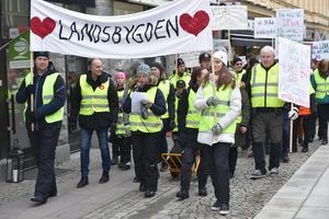 Manifestationen genom Örnsköldsvik.