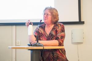 De som har hemtjänst är lika nöjda, oavsett om de har privat eller kommunal hemtjänst framhåller Carina Ohlson (C)