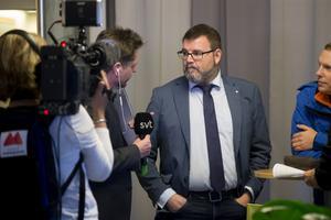 Oppositionen i regionen Jonny Lundin (C).