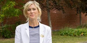Jenny Nordström lämnar jobbet som rektor för Rodengymnasiet och blir istället förvaltningschef.