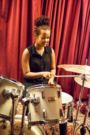 Testa på trummor. Foto: Popkollo