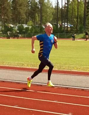 Torvald Pääjärvi spurtar mot guld på 100m