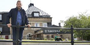 Tomas Johansson, centrum- och handelsutvecklare på Norrtälje handelsstad, har siktet inställt på att staden ska bli Årets stadskärna 2022.