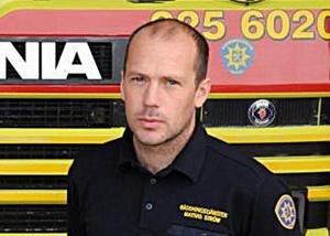 Mattias Ström vid räddningstjänsten i Vansbro manar till försiktighet för de som ger sig ut på de lockande blankisarna.