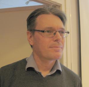 Steven Hellan berättade om nödlandningar. Foto: Bengt Landervik