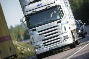 Signaturen Yrkeschaufför är trött på medtrafikanter som bromsar upp. Bild: Fredrik Sandberg/TT