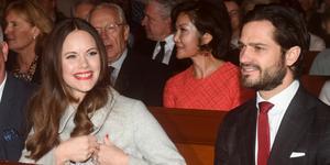 Här är prinsessan Sofia och prins Carl Philip under konserten