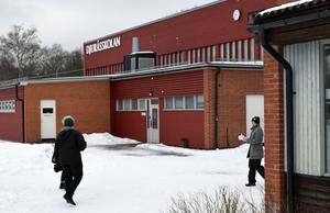 Djuråsskolan har utsatts för inbrott under tre på varandra följande veckor.