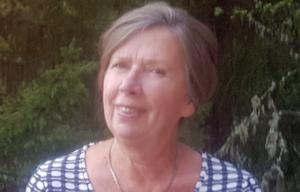 Birgitta Fagrell är med i festkommittén och har hand om alla anmälningar.