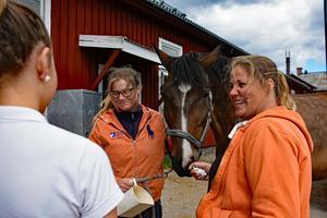 Maria och Margareta Bäckström har lång erfarenhet inom ridsporten.