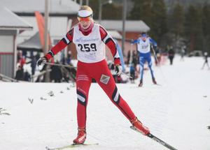 Gry Abrahamsson-Gjersvold, Utrikes SK, hittade formen under helgen och avgjorde säkert D15-loppet under söndagens jaktstart.