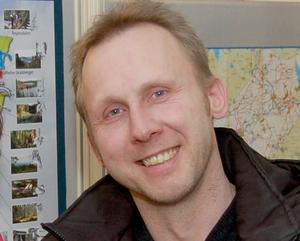 """Patrik Andersson (KOSA) var med om att besluta om riktlinjerna för startbidrag. """"Men syftet var inte att betala bidrag till större koncerner""""."""