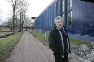 Hans Surte Norin är ursprungligen från Söderhamn, numer bor han i Gårdskär, en plats som han älskar.