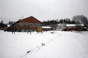 143 barn har via sina föräldrar anmält intresse för att gå på Håksbergs skola. Detta enligt den ansökan friskolebolaget skickat in till Skolinspektionen.