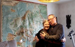 Första gången de skulle ses efter 51 år var på ett mindre hotell.