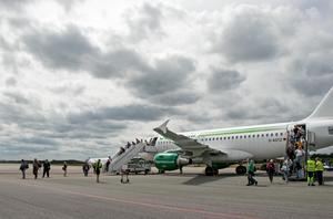 Ett tyskt charterplan på Örebro flygplats.