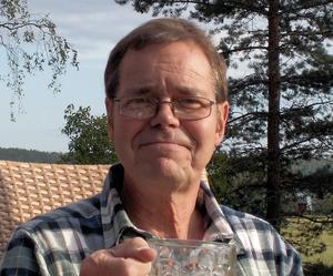 Roger Sjöström, nutida vispoet med politisk inriktning. Bild: Privat