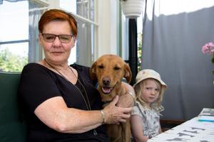 Åsa, Lovis och Wira Vesterlund.