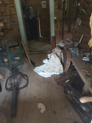 Bilder från inbrottet på hembygdsgården i Hede