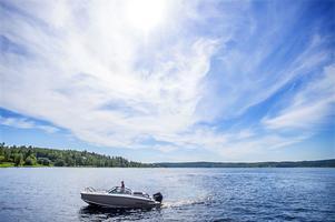 Det är angeläget att minimera fritidsbåtarnas miljöpåverkan, skriver Hälsinglands Båtförbund.