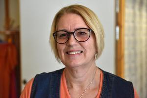 Solveig Svan tycker det är en fröjd att gå till jobbet och göra vardagen roligare för de äldre.