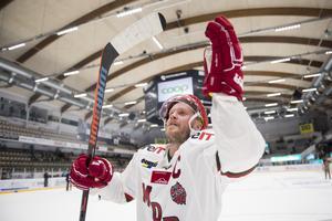 Förra säsongen bar Tobias Enström C:et på bröstet, och får Björn Hellkvist bestämma så blir det fortsatt så. Foto: Erik Mårtensson