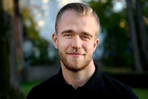Adam Lindström Leister.