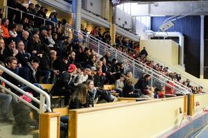 Det blev en fin publiksiffra i Timrå Sporthall. 311 personer fanns på plats i hallen.