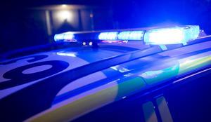 Polisen larmades till en bostad där en man misstänks ha slagit två kvinnor. OBS genrebild.