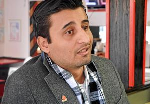 Tarek Malak (S) är emot att föräldrar ska kunna välja vilken förskola deras barn ska gå i och anser att friheten i Borlänge ökar om föräldrars valfrihet tas bort.
