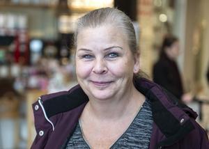 Camilla Höglund, 50, butiksbiträde, Timrå