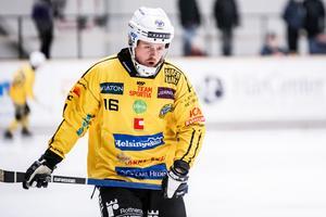 Det blev en tuff bortamatch för Jonas Nygren och ett skadedrabbat Broberg.