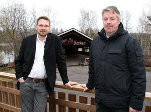 Ser fram emot många år. Petri Karhukorpi, Barken konferens, och Anders Wiklund, marknadsansvarig för Söderbärkeparken, ser fram emot många år samarbete, där årets midsommarfest blir inledningen på samarbetet.