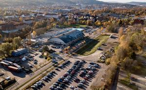 Gamla Sporthallen rivs och två hallar byggs på platsen, enligt förslaget.